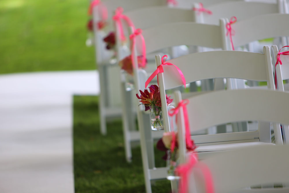 rentals-white-wedding-chairs