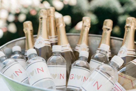 Customized champagnefles en waterflesje