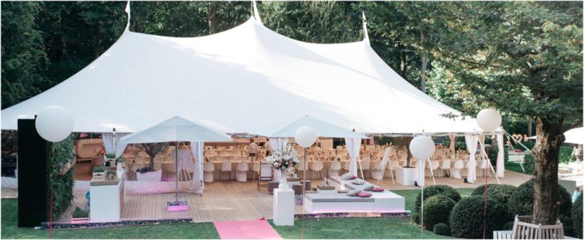 Ivory tent met terras